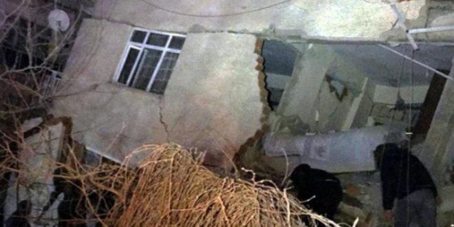 Elazığ'da 8, Malatya'da da 6 kişi yaşamını yitirdi